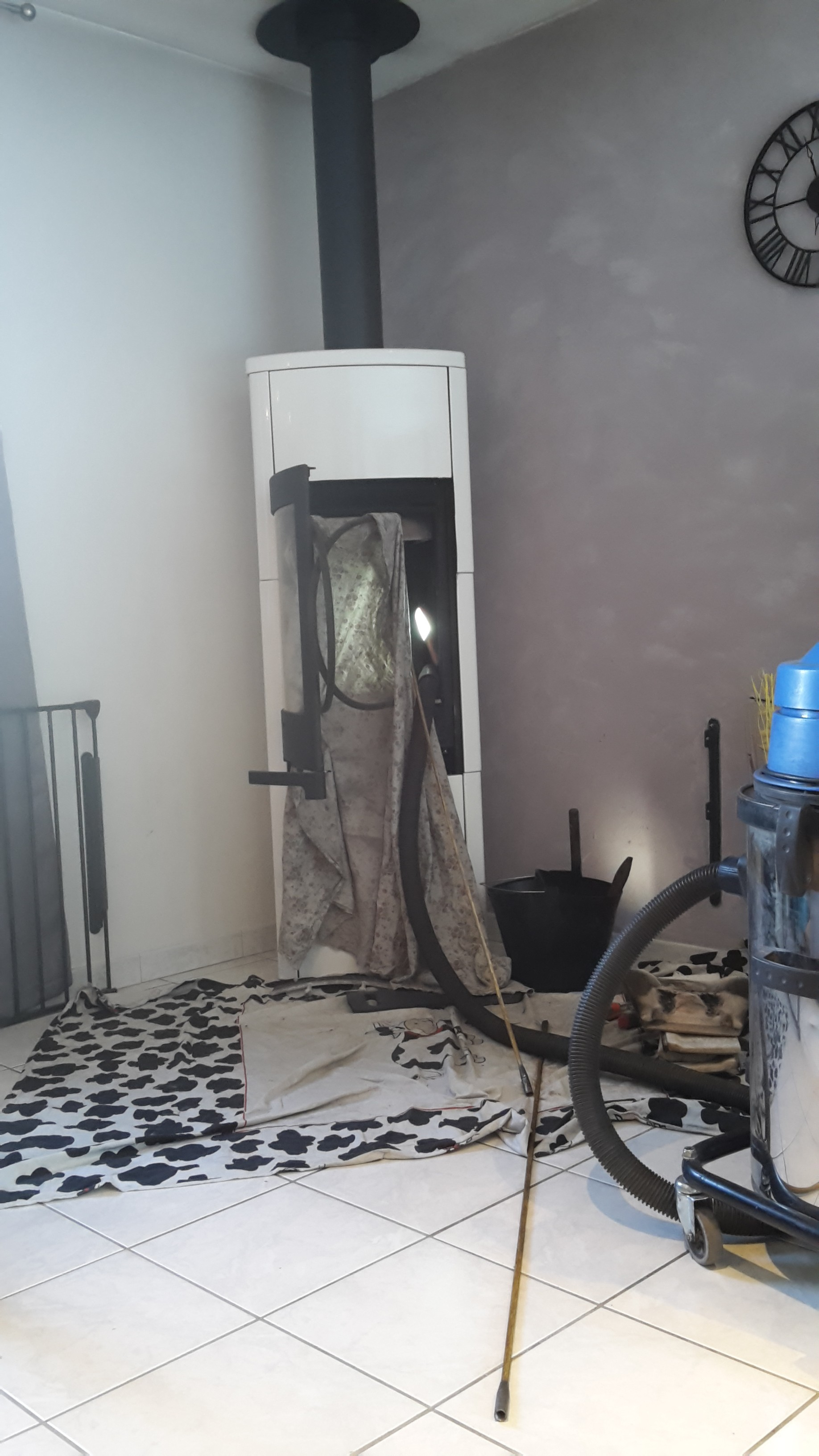 ramonage bordeaux ramonage chemin e et ramonage po le bois. Black Bedroom Furniture Sets. Home Design Ideas